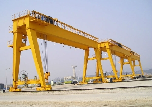 Rubber Tyred Adjustable Double Girder Gantry Crane 30 Ton with Trolley for Outside Used