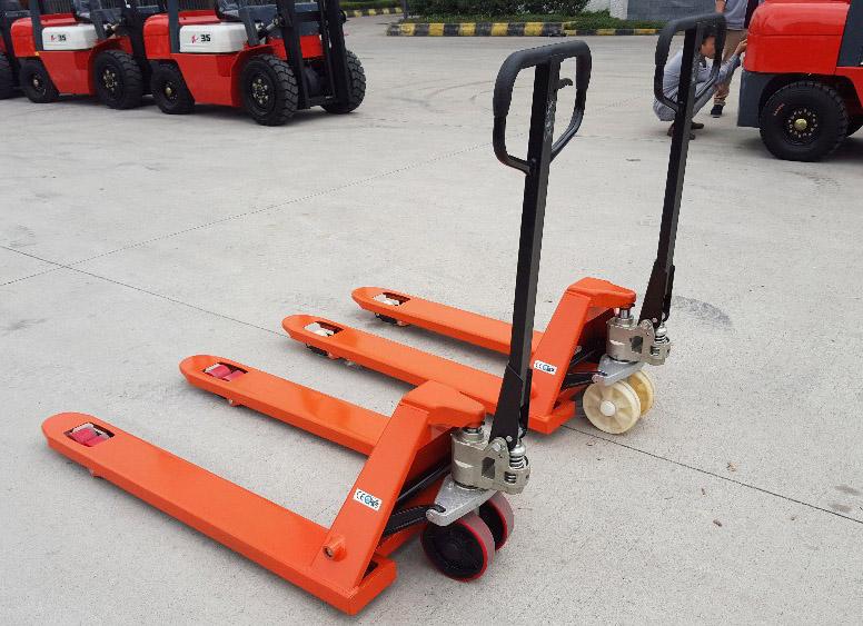 China Hand Pallet Trucks Manufacturers12.jpg