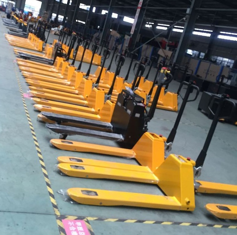 China Hand Pallet Trucks Manufacturers83.jpg