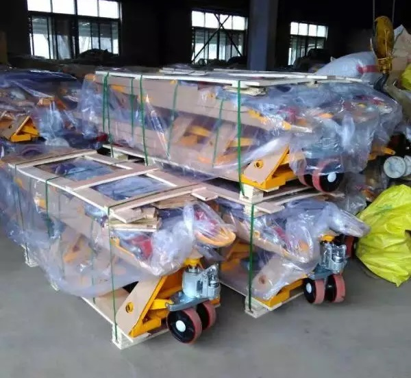 China Hand Pallet Trucks Manufacturers111.jpg