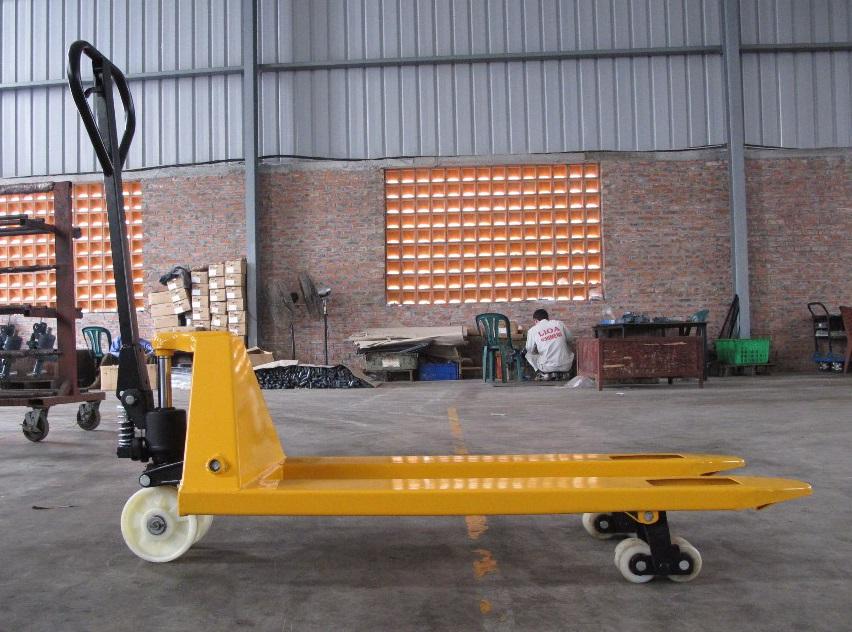 China Hand Pallet Trucks Manufacturers122.jpg