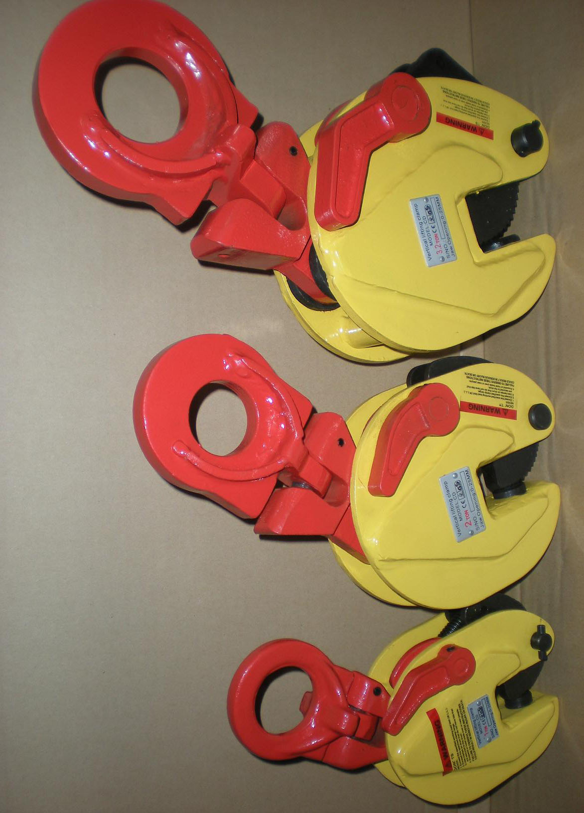 China Lifting Clamps manufacturers4.jpg