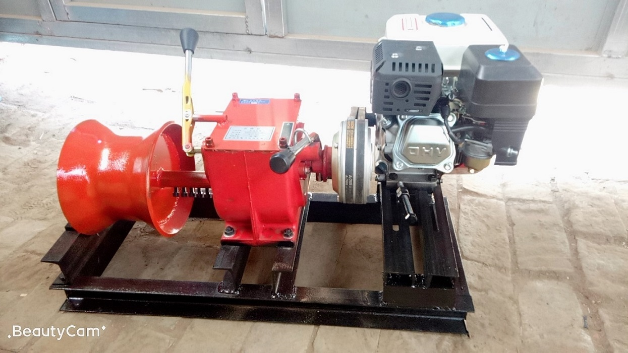 Winches powered by gasoline engine 1ton-5.jpg
