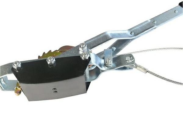 Hand pullers4.jpg