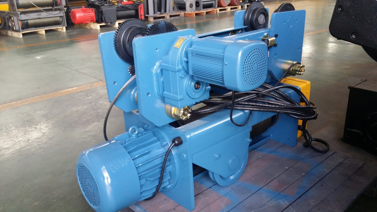 Site photos of New MD1 type monorail rope hoist 5ton and 10 ton.jpg