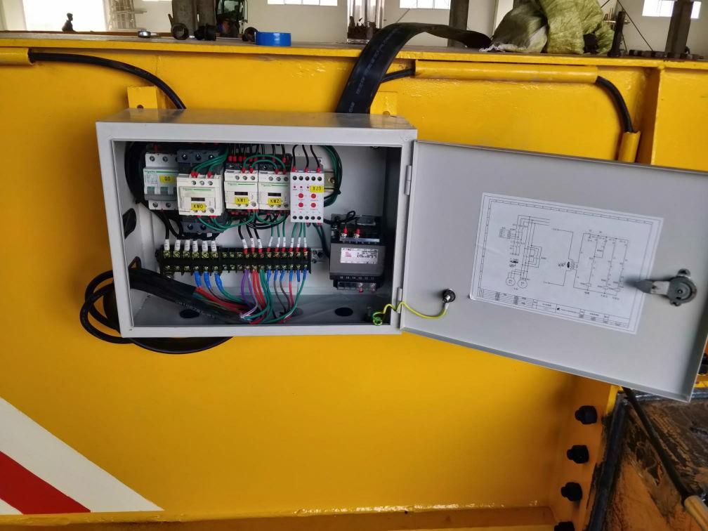 Electrical control box for single girder overhead crane.jpg