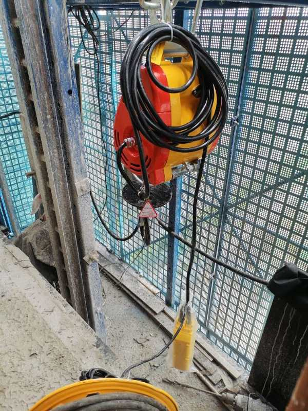SEcond hoist (Electric Mini Wire Winches)2.jpg